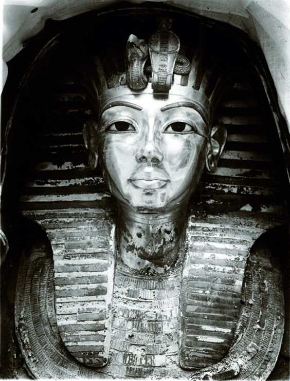 The tomb of Tutankhamun was cracked open in 1922
